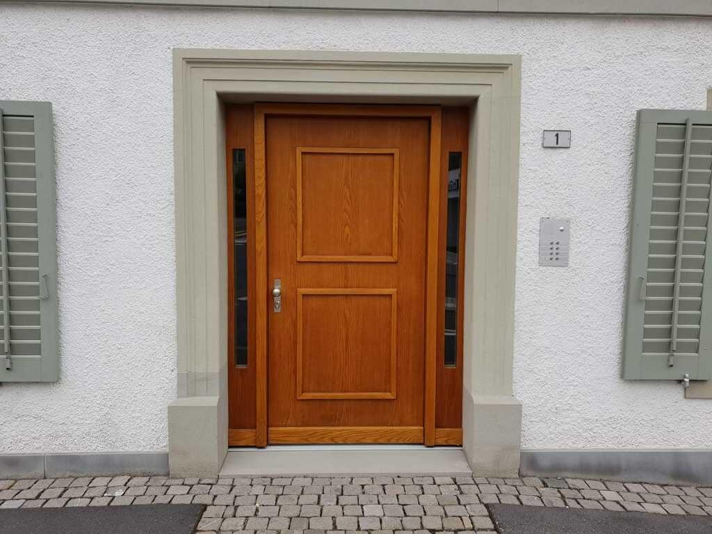 Eingangstüre Eiche natur renoviert